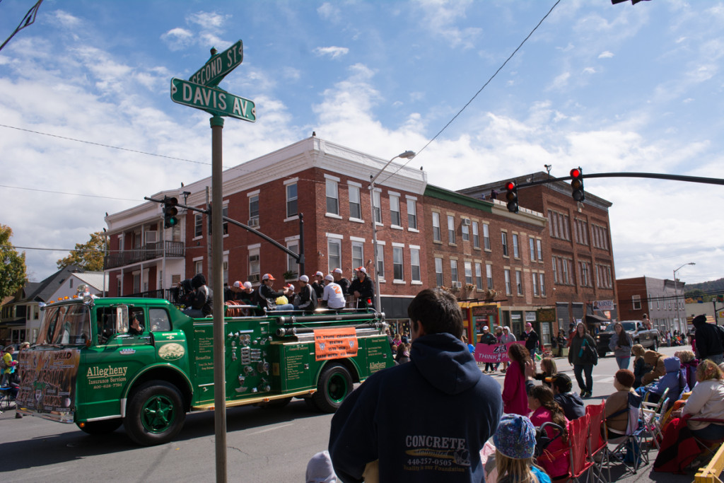 The Grand Feature Parade draws residents and visitors alike downtown to celebrate community. Photo by Andrew Carroll.